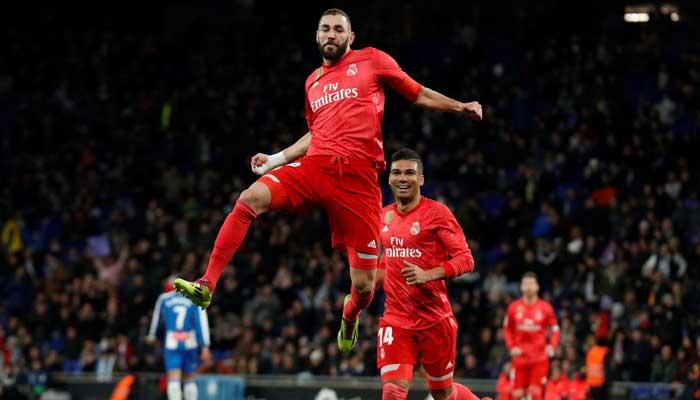 Selebrasi Karim Benzema setelah cetak gol ke gawang Espanyol
