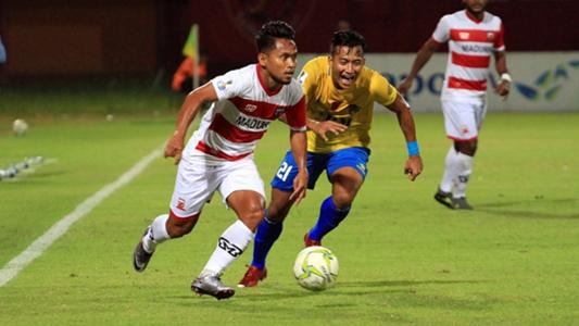 Aksi debut Andik Vermansyah bersama Madura United