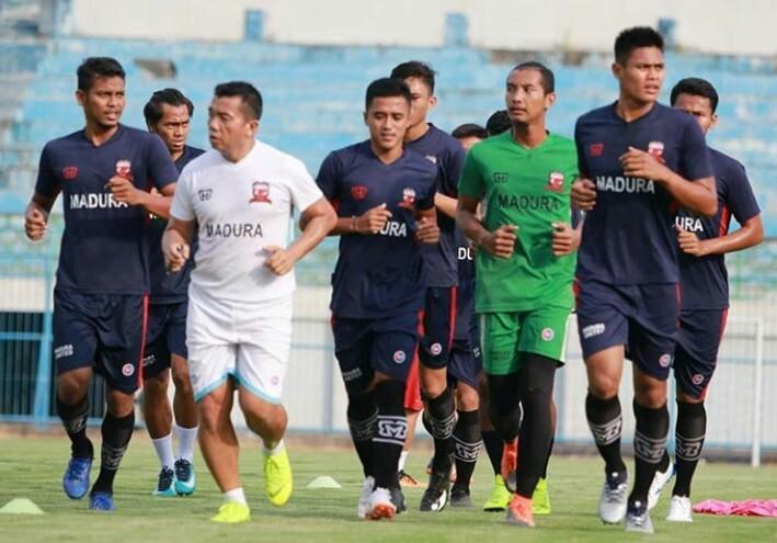 Skuad Madura United tengah menjalani Latihan