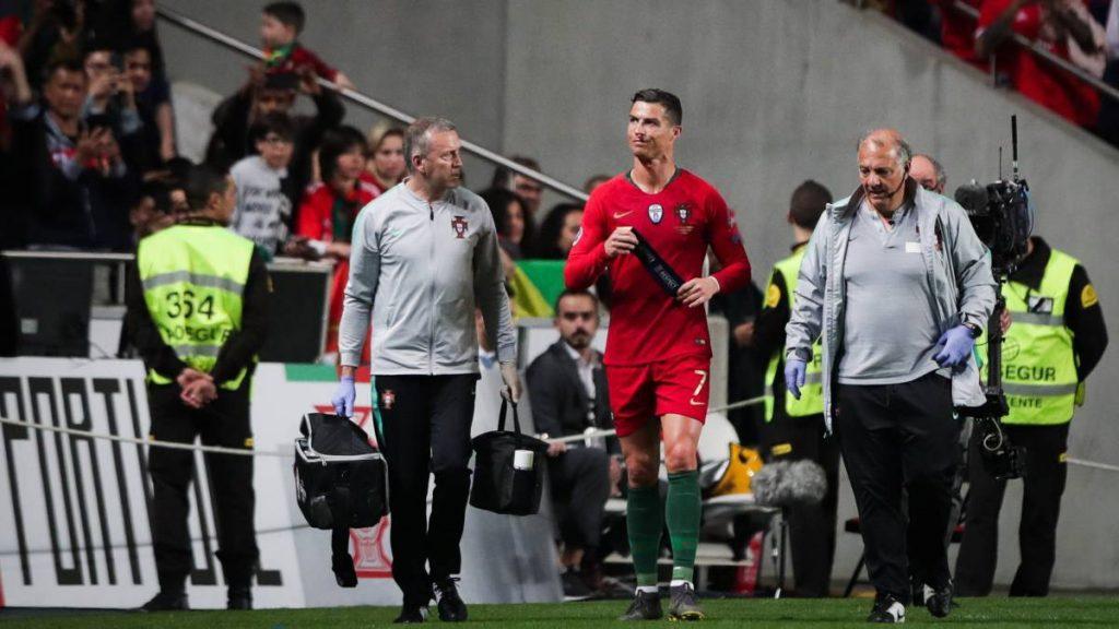 Ronaldo ditarik di menit ke-31 karena cedera