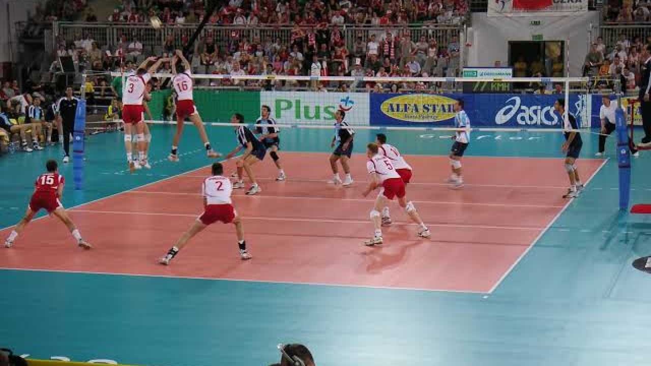 6 Kesalahan Dalam Servis Bawah Bola Voli Olahragapedia Com