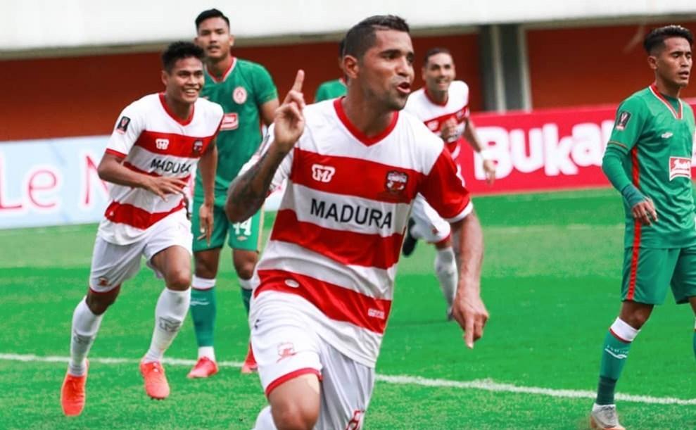 Kehadiran sejumlah pemain bintang akan jadi senjata andalan Madura United musim depan