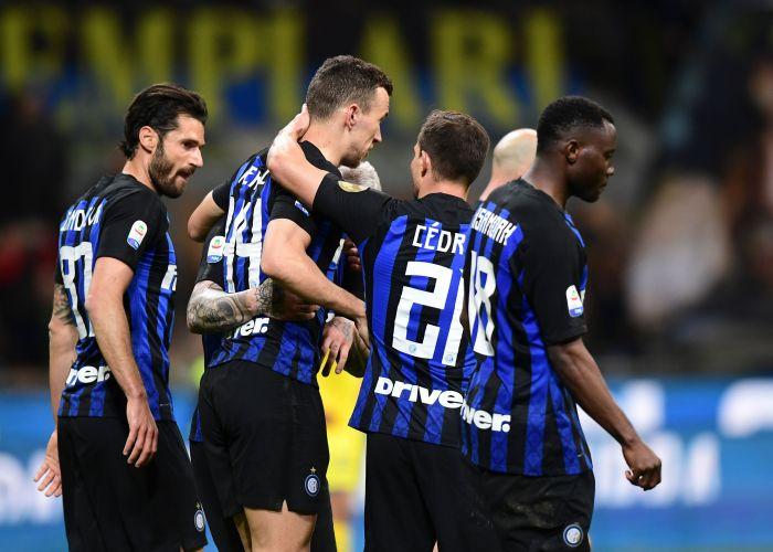 Ivan Perisic gandakan keunggulan Inter di penghujung pertandingan
