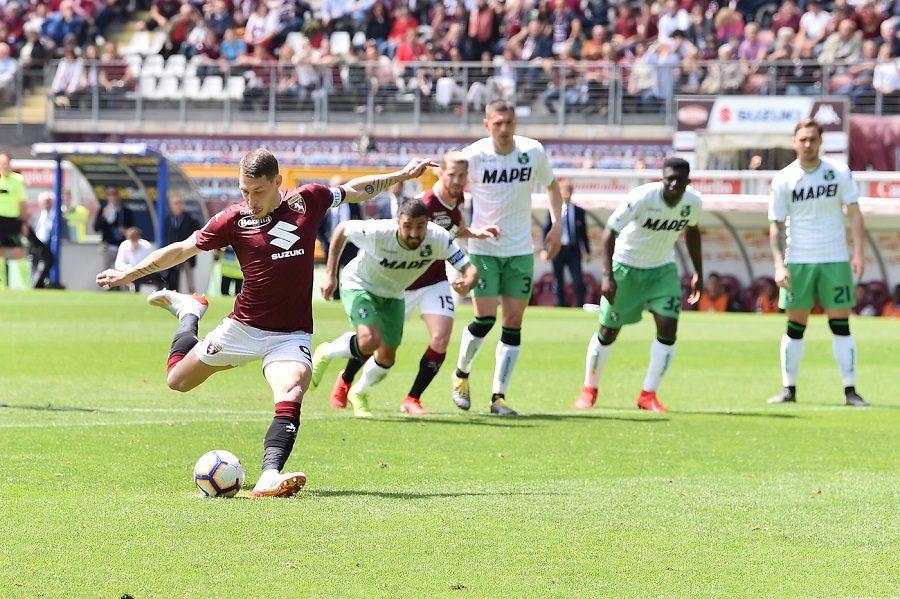 Momen saat Andrea Belotti cetak gol
